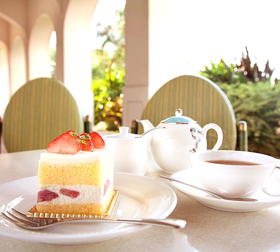 【カテリーナ】カフェ&ベーカリー。日光と海とガーデン… 自然を感じながら寛ぐ贅沢なひととき