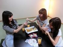 女子会イメージ(トランプ編)