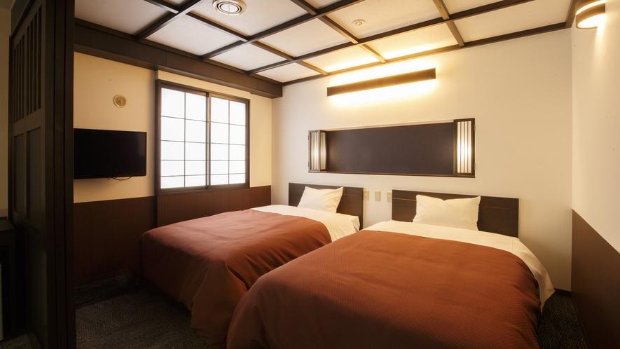 【和モダン・ツイン】上質の睡眠を提供できるようシモンズのセミダブルベッドを選択しました。