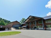 【外観】夏の新玉川温泉
