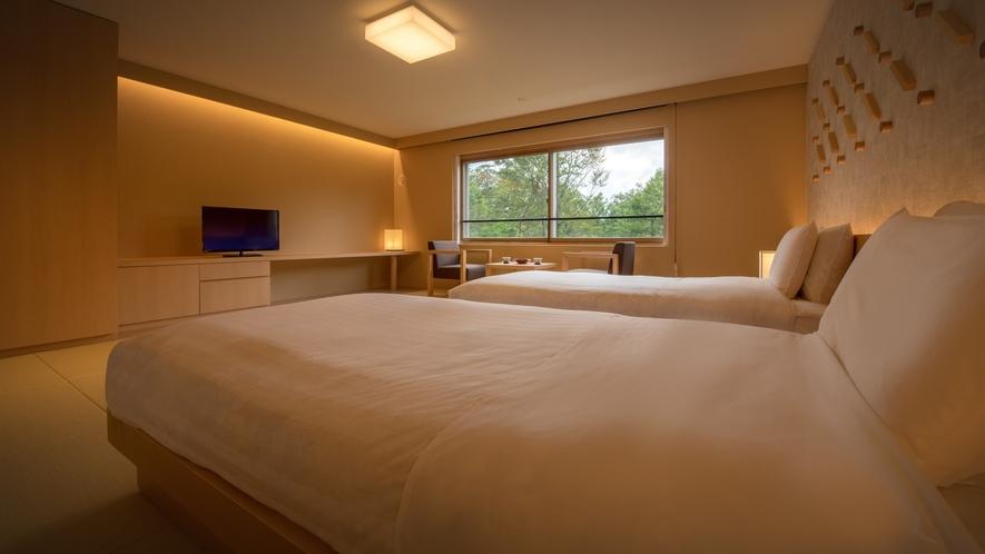【リニューアル和室ツインルーム】ベッドは過ごしやすいシモンズ社製のマットレスにローベッドを導入