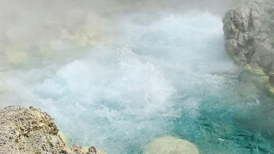 【玉川温泉自然研究路】源泉は1カ所から湧き出る量・強酸性ともに日本一と言われています!