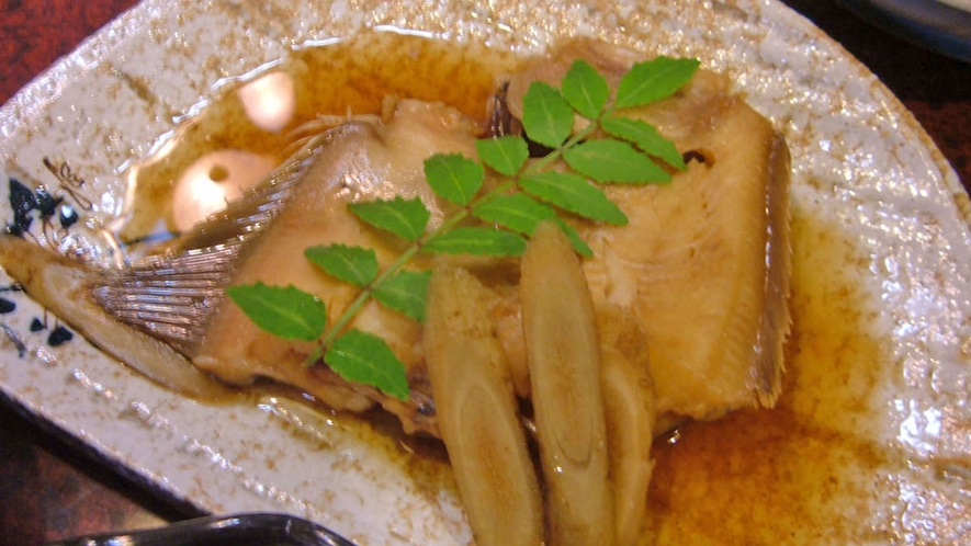 地魚を使用したお夕食一例(かれいの煮付け)