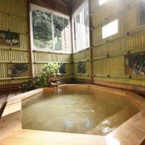 【奥道後温泉・女湯】天然温泉とヒノキの香りに癒される
