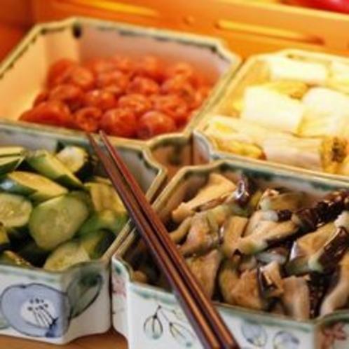 【朝食】こだわり自家製漬物 ※料理一例