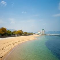 徒歩2分♪スパビーチを散歩しよう