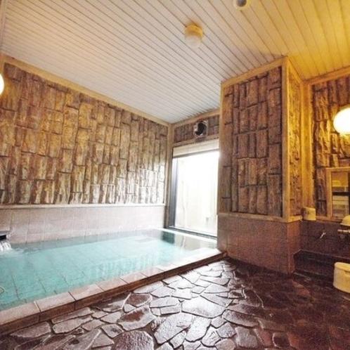 男性大浴場〜活性石人工温泉大浴場