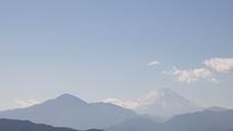 *高尾山からの富士山