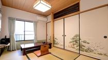 *和室6畳一例/窓から眺める中庭の景色に心が和む、純和風のお部屋