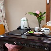 *和室7.5畳一例/ご到着後はお茶とお茶菓子でおくつろぎください