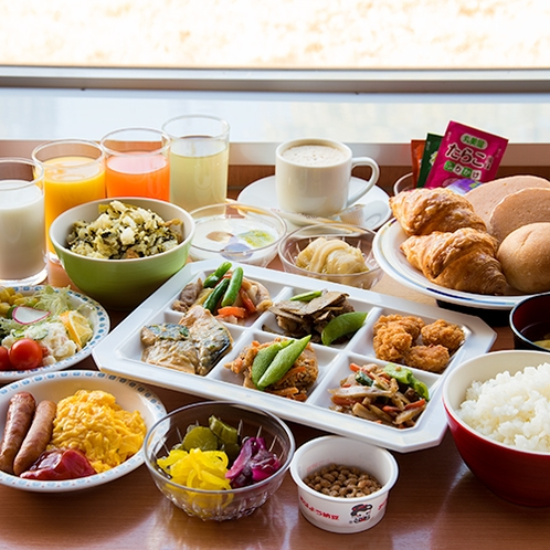 **【朝食バイキング】カラダに優しい栄養のバランスがとれた当館自慢の朝食をぜひご利用ください!