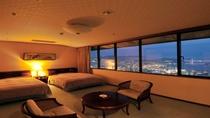 ◆全室より1000万ドルの夜景をご覧いただけます(写真は和洋室の様子)