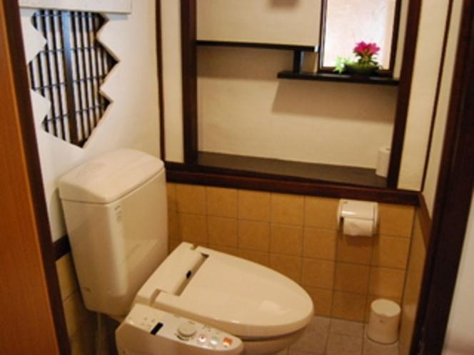床の間付き洋風シャワートイレ
