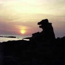 ◆男鹿半島の観光名所 ゴジラ岩
