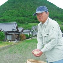 近隣の農家から仕入れいている「讃岐白米」
