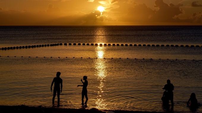 【9〜10月ラストサマーSALE】まだ夏を楽しめる沖縄!2つのプールと天然ビーチで満喫♪(食事なし)