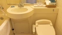 和洋室Sタイプ 洗面台とトイレ