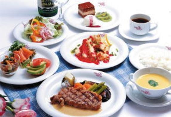 【1泊2食】旬菜満載フルコースと手作りパンの朝食を!《貸切温泉24hOK!》