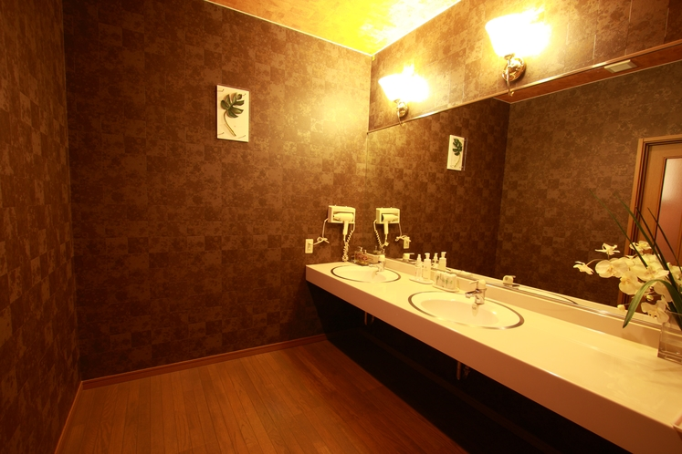 デラックスツイン・ファミリールーム<写真は部屋タイプの一例です>