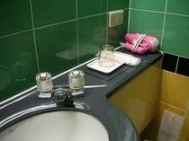浴室 〜ドライヤーのご準備もございます〜
