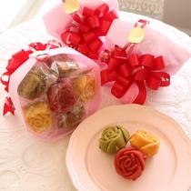 薔薇のマドレーヌの花束【プリンセスブーケ】