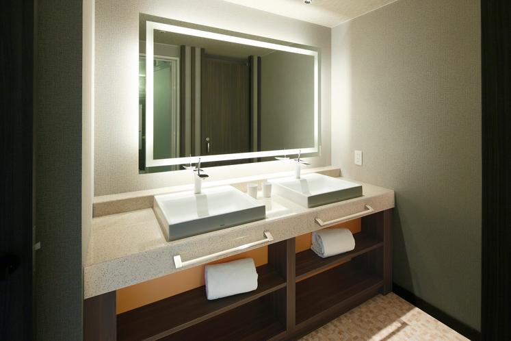禁煙和洋室50平米Bタイプ 洗面一例(お部屋のタイプはお選びいただけません。予めご了承ください。)
