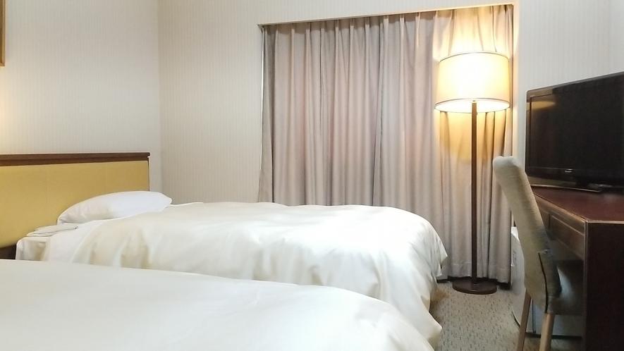 スタンダードツイン/21平米&110cm幅ベッド2台