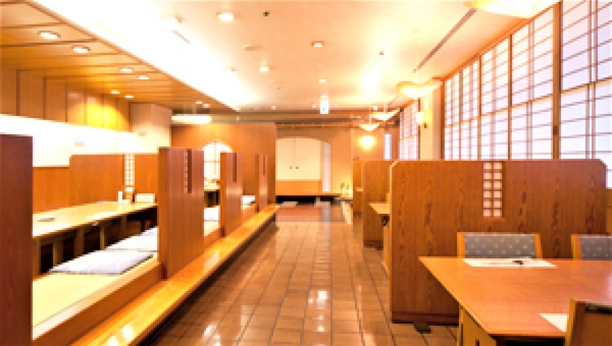 2階:和食「こし路」店内