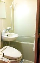 ユニットバスは全客室ウォシュレット付きトイレ完備です♪