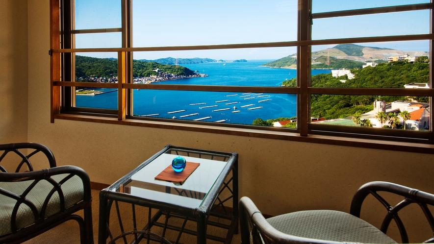 【客室からの眺望】鳥羽湾を望みながら、刻一刻と表情を変える壮大な景色