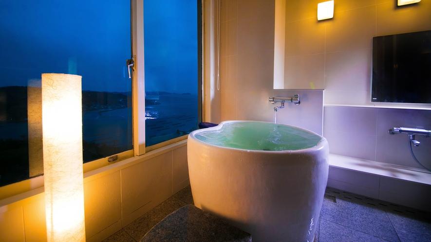 【海側<絶景展望風呂付き>和室-展望風呂-】