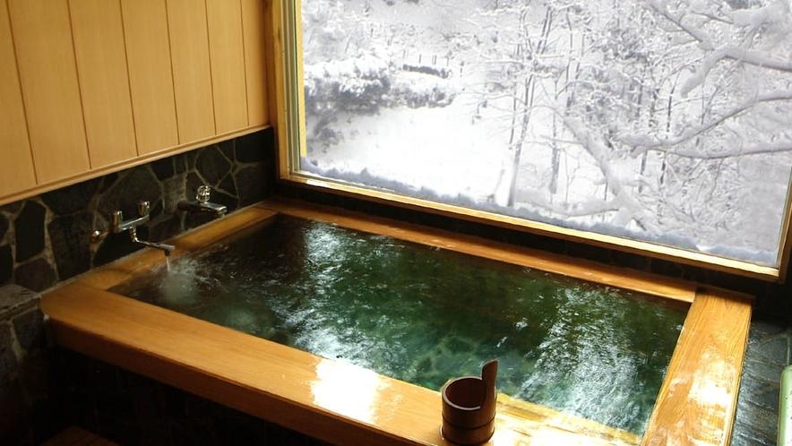 【貸切風呂】桧の温泉貸切風呂(冬)