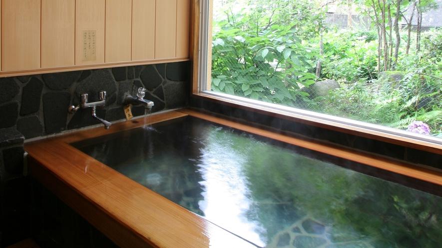 【貸切風呂】桧の温泉貸切風呂