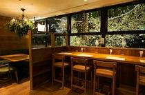 1F カフェレストラン『BUZZ GARDEN』