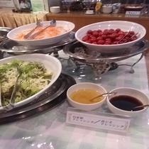 朝食(サラダ・日替わり)