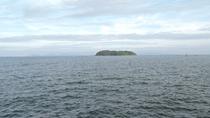 *【周辺】無人の梶島では漁船に乗って潮干狩りができます♪