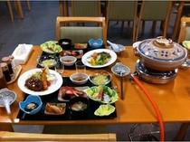 鍋付夕食の一例