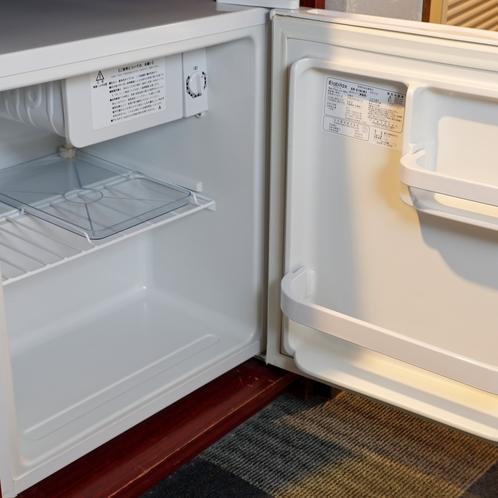 ・各客室に設置の冷蔵庫