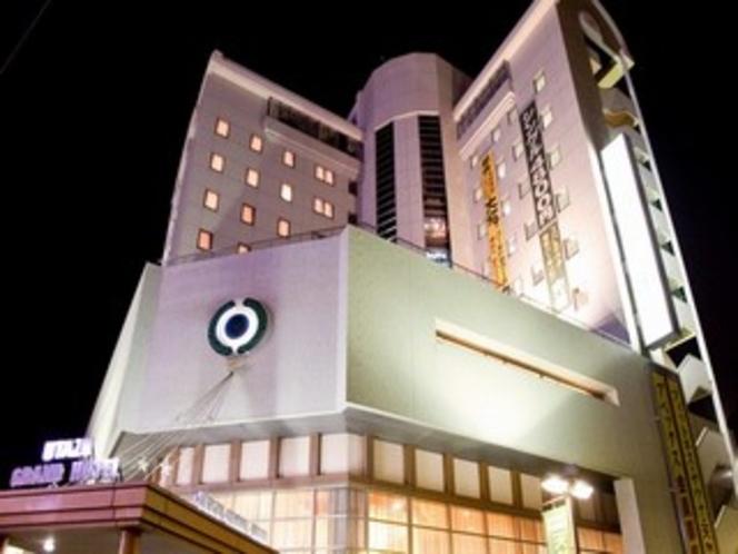 宇多津グランドホテル外観(夜)