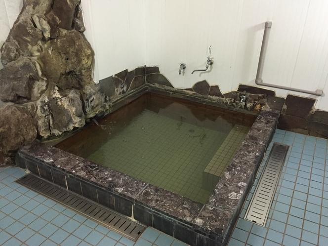 男性用浴場