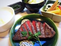 信州和牛味噌つけ焼きと根菜加減酢膳