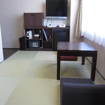 和室【JAPANESE ROOM】居間