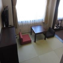 和室【JAPANESE ROOM】居間 別角度