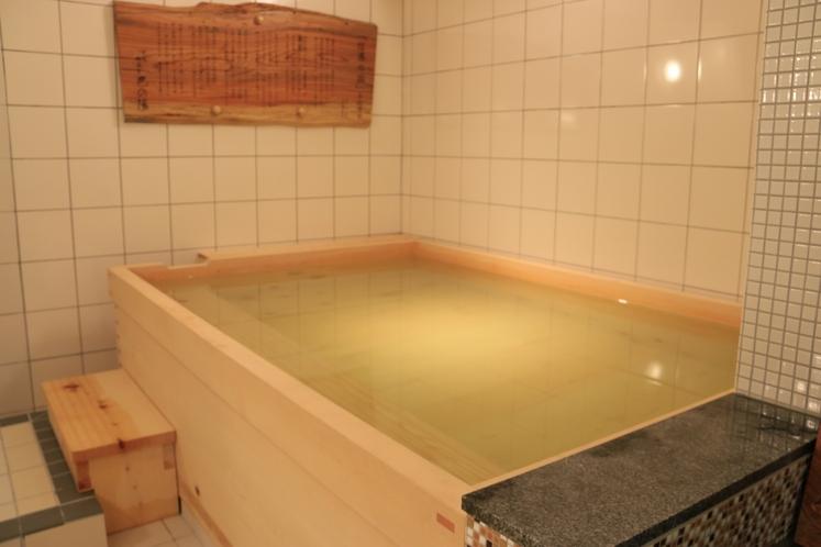 大浴場 男湯 檜風呂