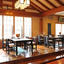 *囲炉裏端食事処「ごんんげん」/お夕食はこちらの和風ダイニングでご用意致します。