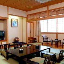 *東館和室一例/ご家族でも余裕の、明るく清潔感あふれるお部屋です。