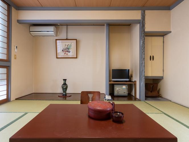 和室四人部屋