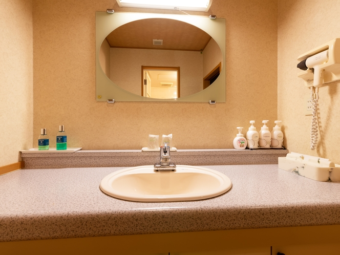 和室ファミリールーム 洗面所