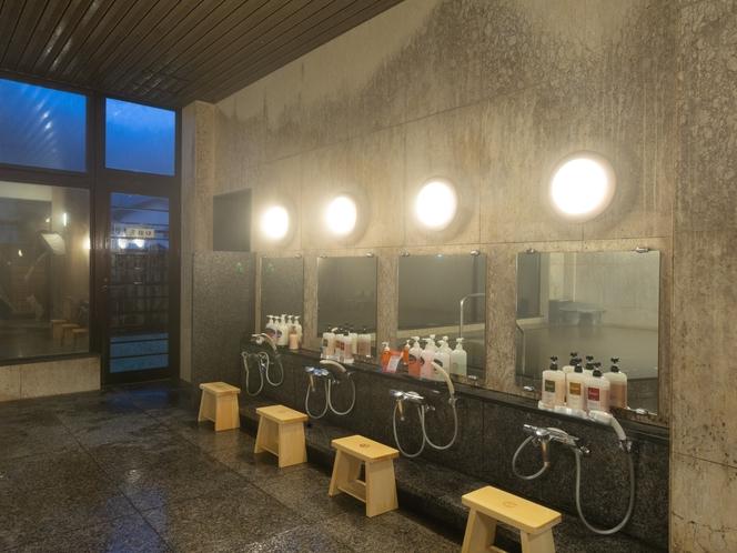 大浴場月みかげの湯・開運茶室露天風呂/低温アロマサウナやジェットバス完備。