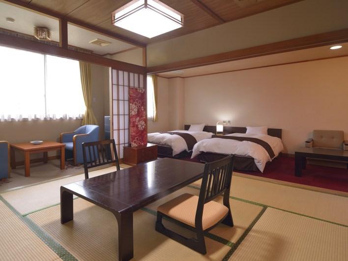 【和洋室】例 和室6畳+ベッド2台 トイレ・洗面付